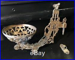 Antique Early 1900s Art Nouveau Brass Wall Sconce Oil Lamp /Plant Candle Holder